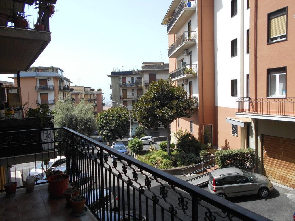 Ampio Appartamento 3 Vani Via Sgroppillo - Nuovaluce